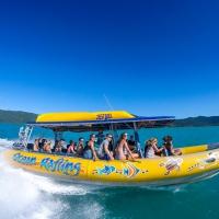 ocean-rafting-2-airlie-beach-reves-australie