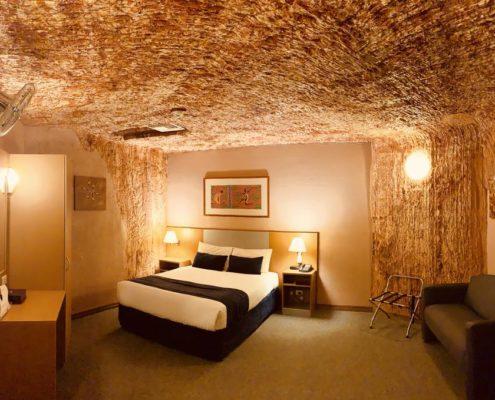 Desert-Cave-hotel-Coober-Pedy